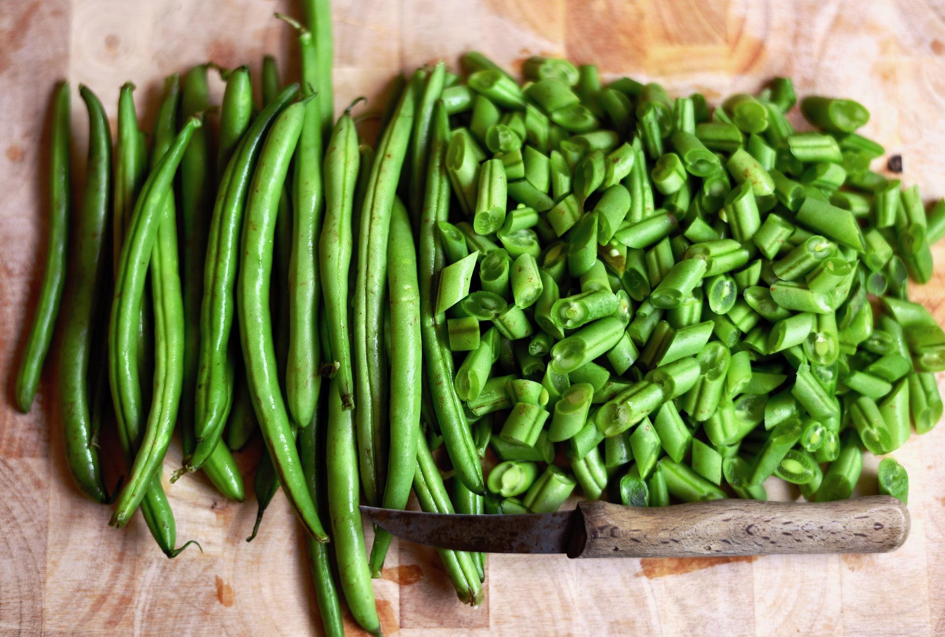 Linguine aproteiche con fagiolini: un'idea vegetariana per un primo gustoso.