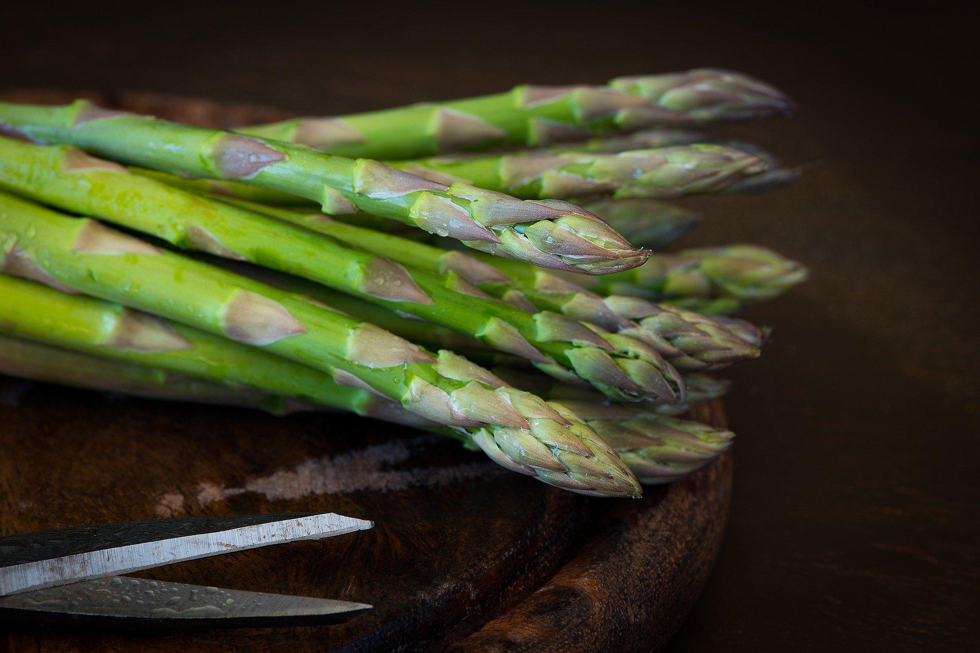 asparagi per penne aproteiche agli asparagi e cernia